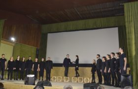 Студенти Охтирського коледжу СНАУ на перегляді філософської інтерактивної вистави родинного театру Нянькіни